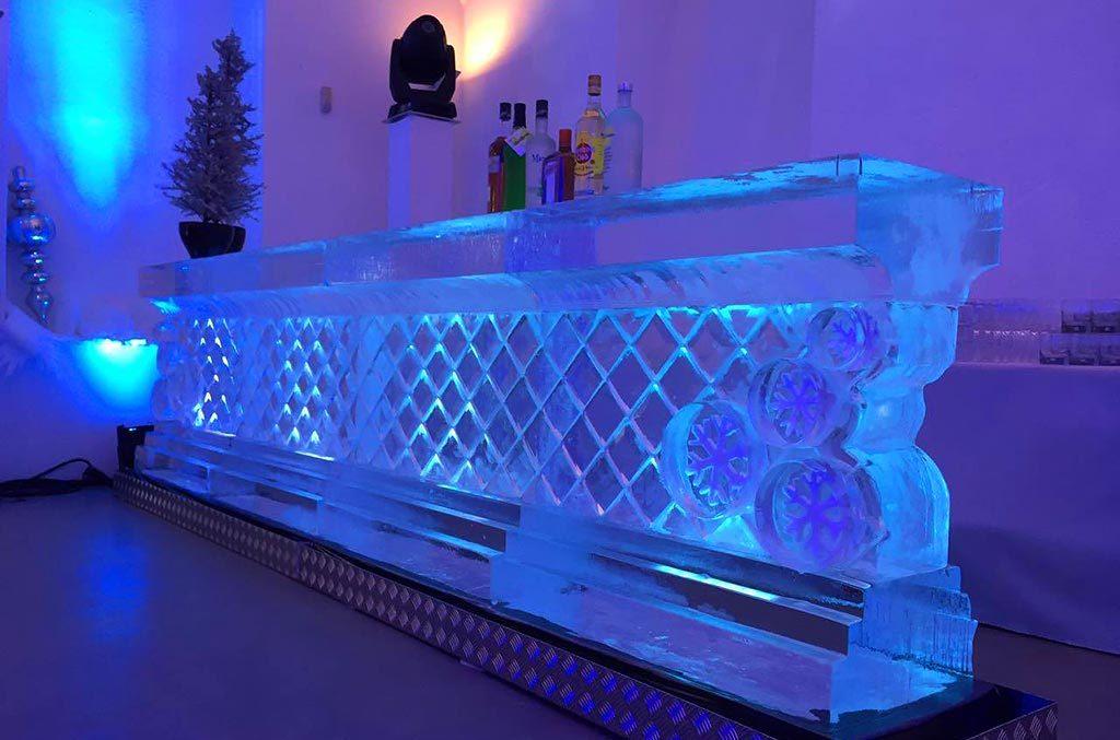 Eisdesigner Eisbars Kreuzmuster verschiedene individuelle Anfertigungen